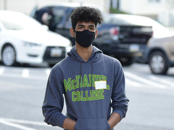 McDaniel Local Student with mask